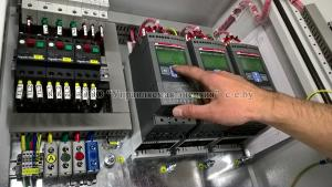 Сборка шкафов управления электроприводами с устройством плавного пуска